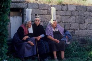 Diese Damen können sich wahrscheinlich noch auf Bretonisch unterhalten