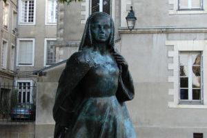 Statue der Anne de Bretagne an ihrem Geburtsort Nantes